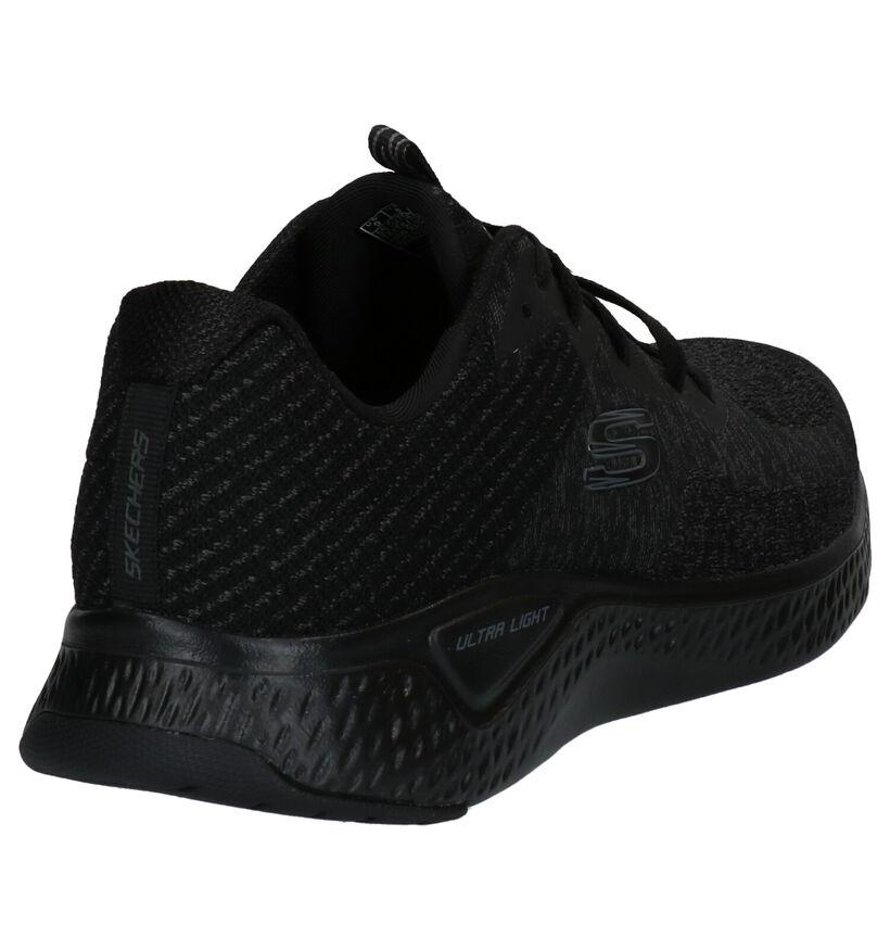 Skechers Solar Fuse Baskets en Noir en textile (272817)