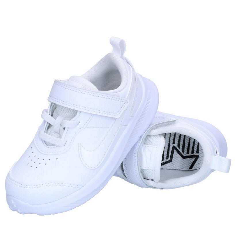 Nike Varsity Witte Sneakers in kunstleer (277503)
