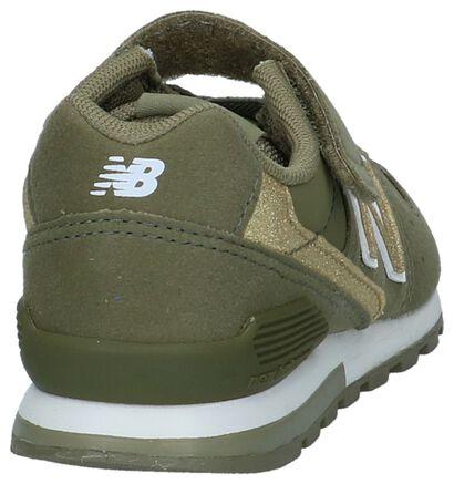 New Balance 996 Baskets basses en Vert kaki en imitation cuir (222833)