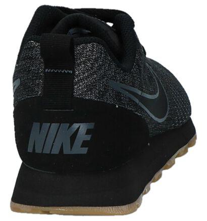Nike MD Runner Baskets basses en Vert kaki en textile (209813)