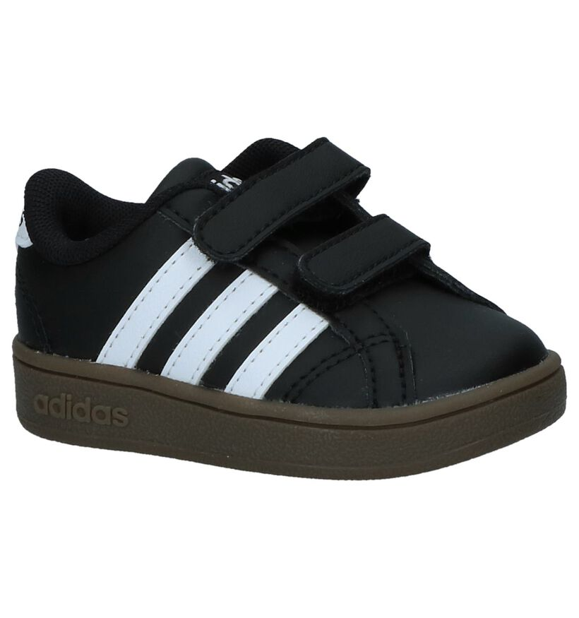 adidas Baskets basses en Noir en simili cuir (237193)