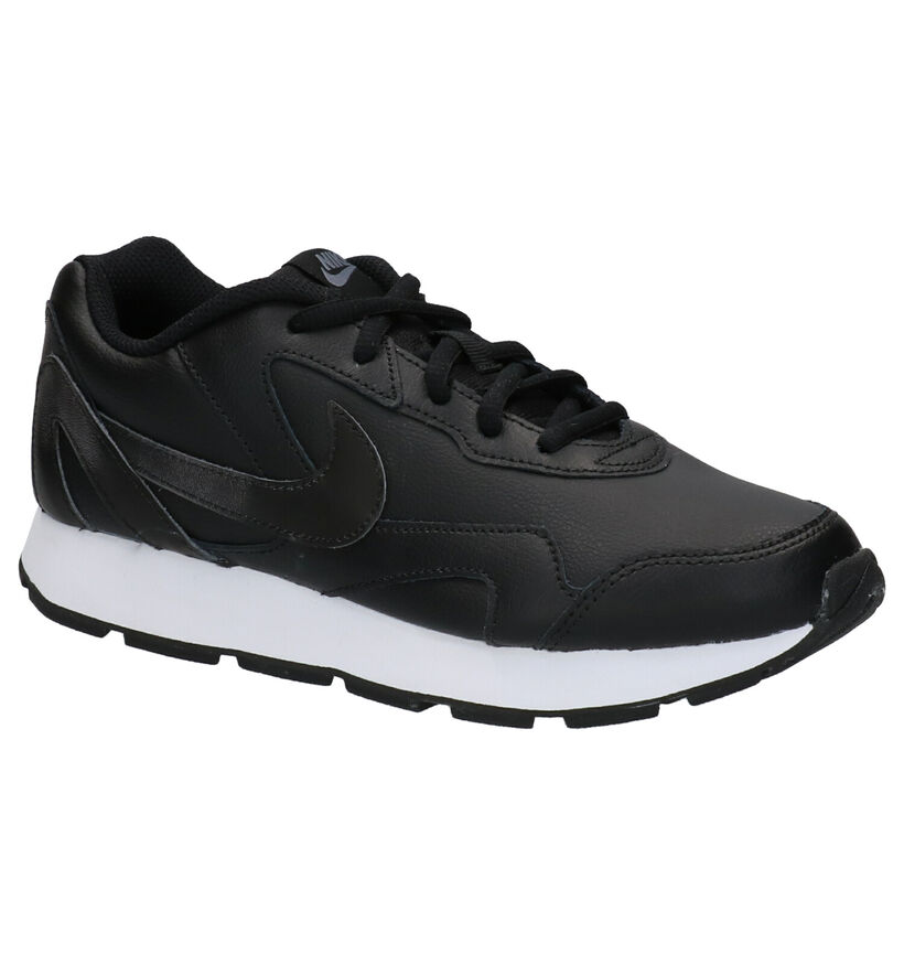 Nike Delfine Lea Baskets en Noir en cuir (261679)