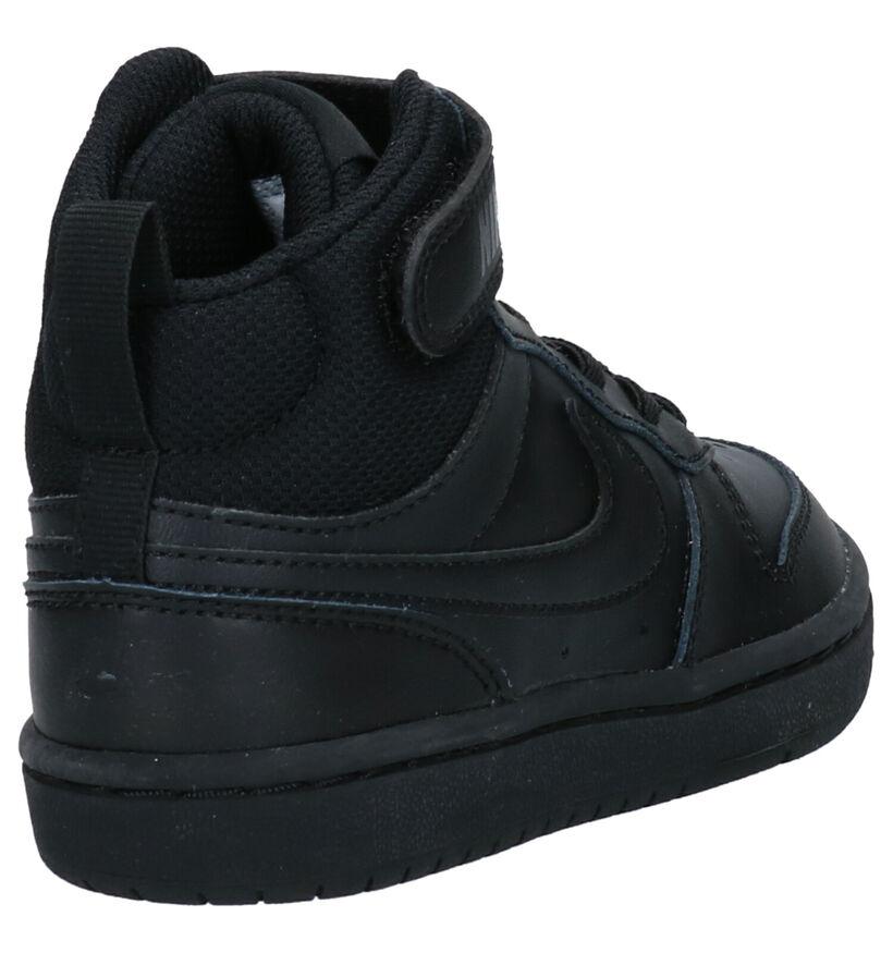 Nike Court Borough Mid Baskets en Blanc en cuir (261665)