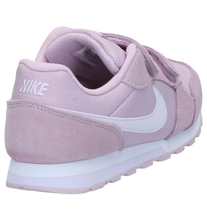 Nike MD Runner Baskets en Rose en textile (266038)