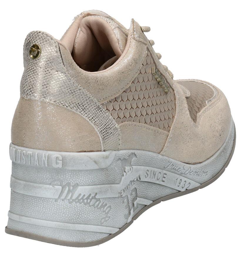 Mustang Chaussures à lacets en Or en simili cuir (266887)