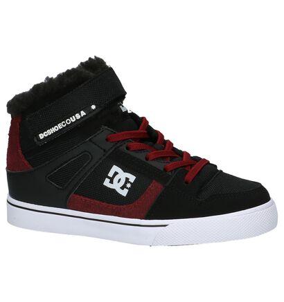 DC Shoes Spartan High Zwarte Skateschoenen in stof (200443)