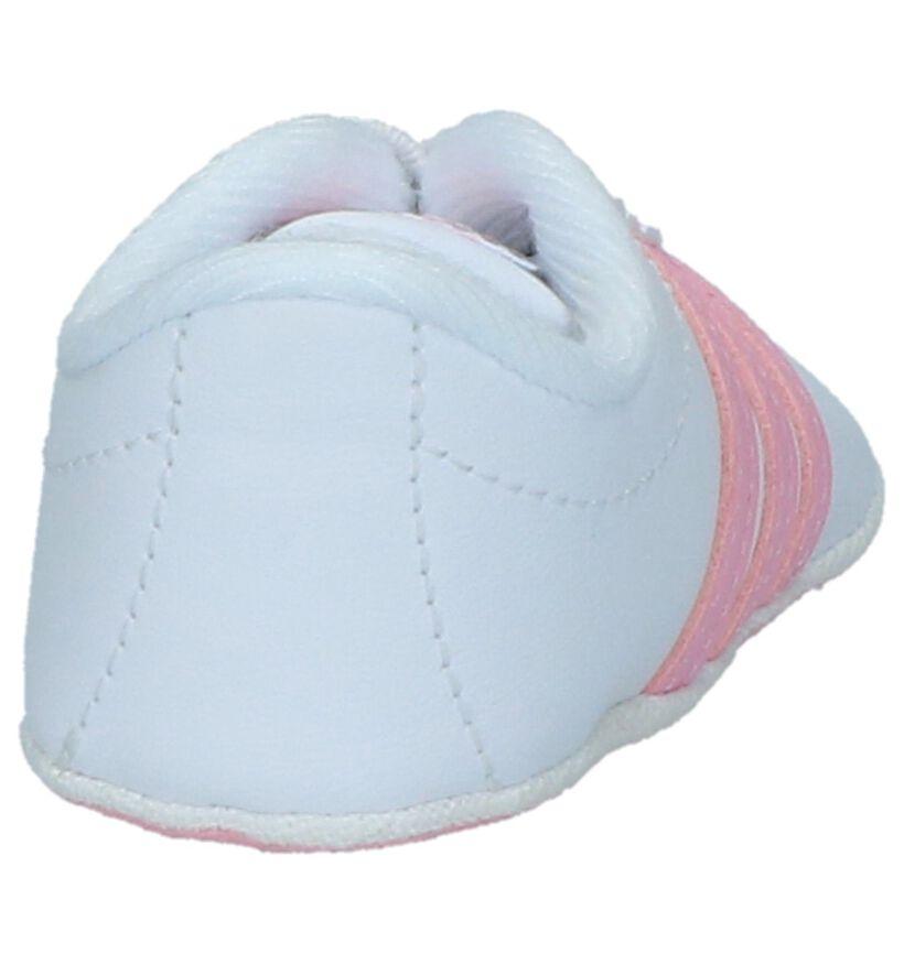 Court Chaussons pour bébé en Blanc en simili cuir (237010)