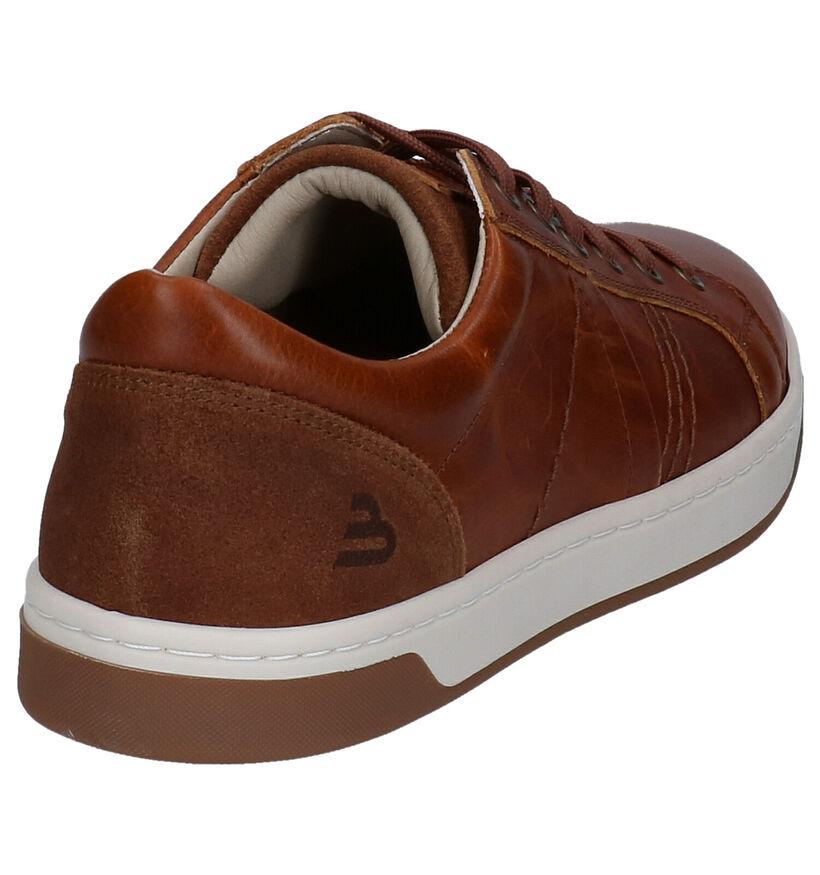 Bullboxer Chaussures basses en Cognac en cuir (281832)