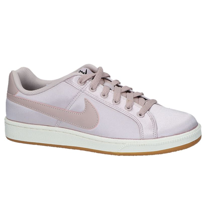 Witte Lage Sneakers Nike Court Royale in kunstleer (234076)