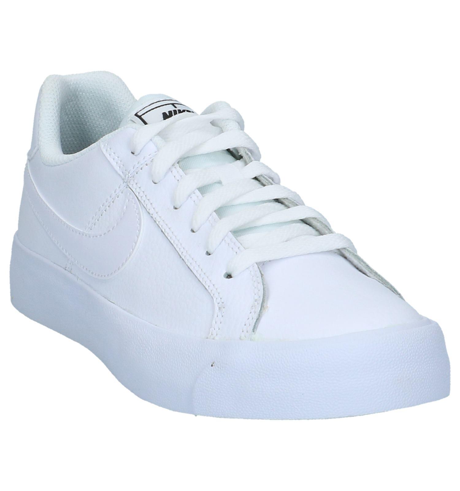 c562766c3c6 Sneakers Wit Nike Court Royale | TORFS.BE | Gratis verzend en retour