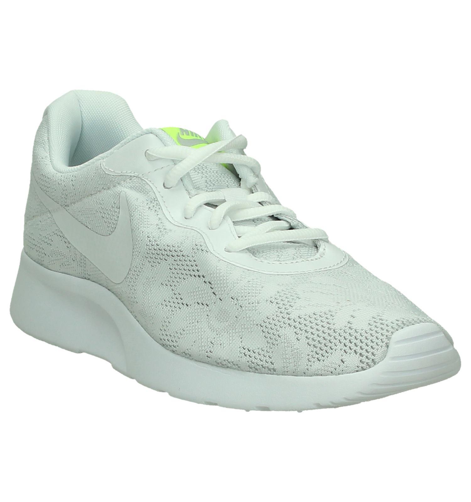 nike tanjun sneakers dames wit