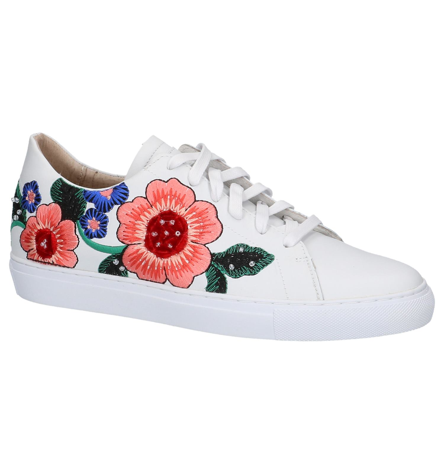 d23a4e0fa1f Witte Lage Geklede Sneakers met Bloemen Skechers California Luxury |  TORFS.BE | Gratis verzend en retour