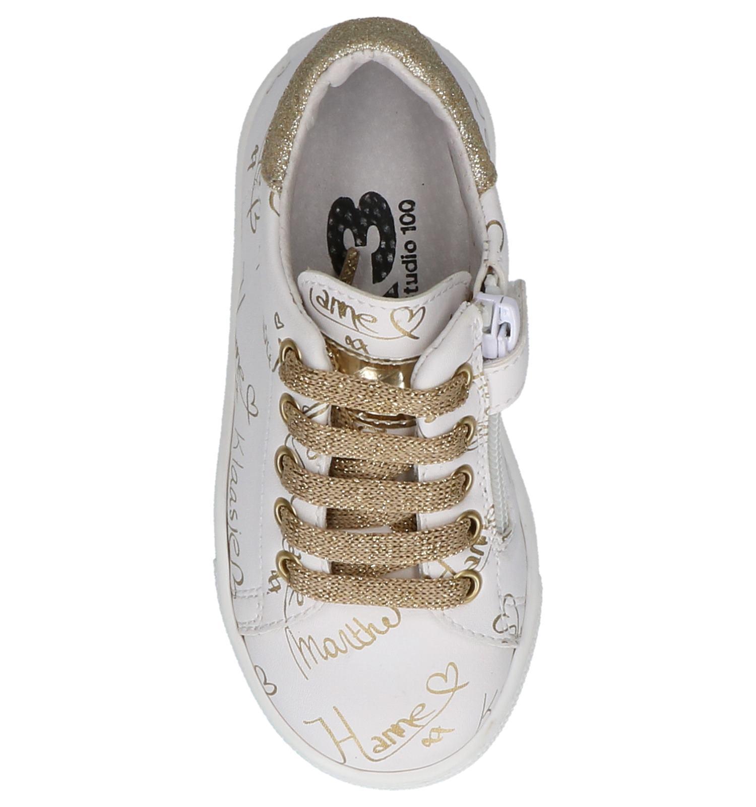 f0a3fdbdb59 Witte Sneakers K3 met Gouden Handtekeningen   TORFS.BE   Gratis verzend en  retour