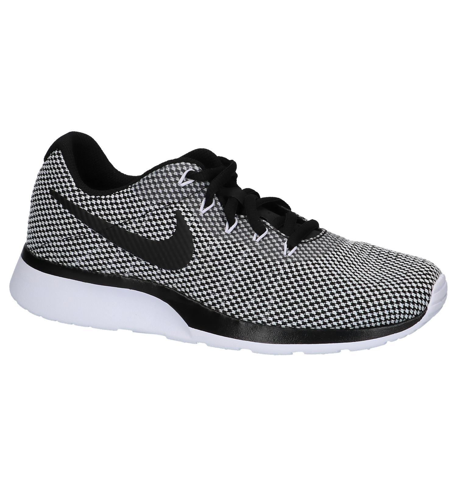 19aee7e3bef Zwarte Nike Tanjun Racer Sneakers   TORFS.BE   Gratis verzend en retour