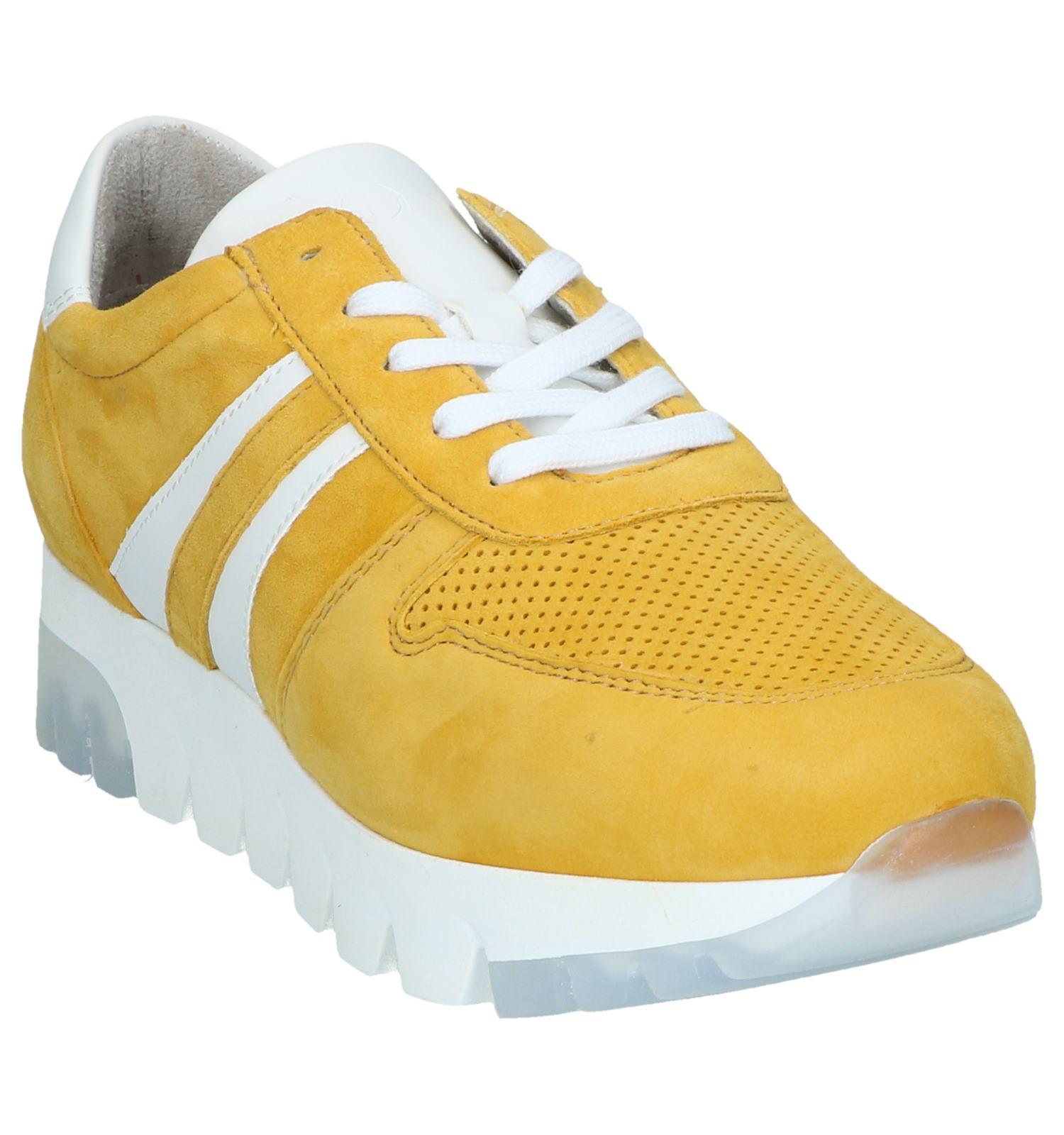 Tamaris Chaussures à lacets en Jaune foncé | TORFS.BE