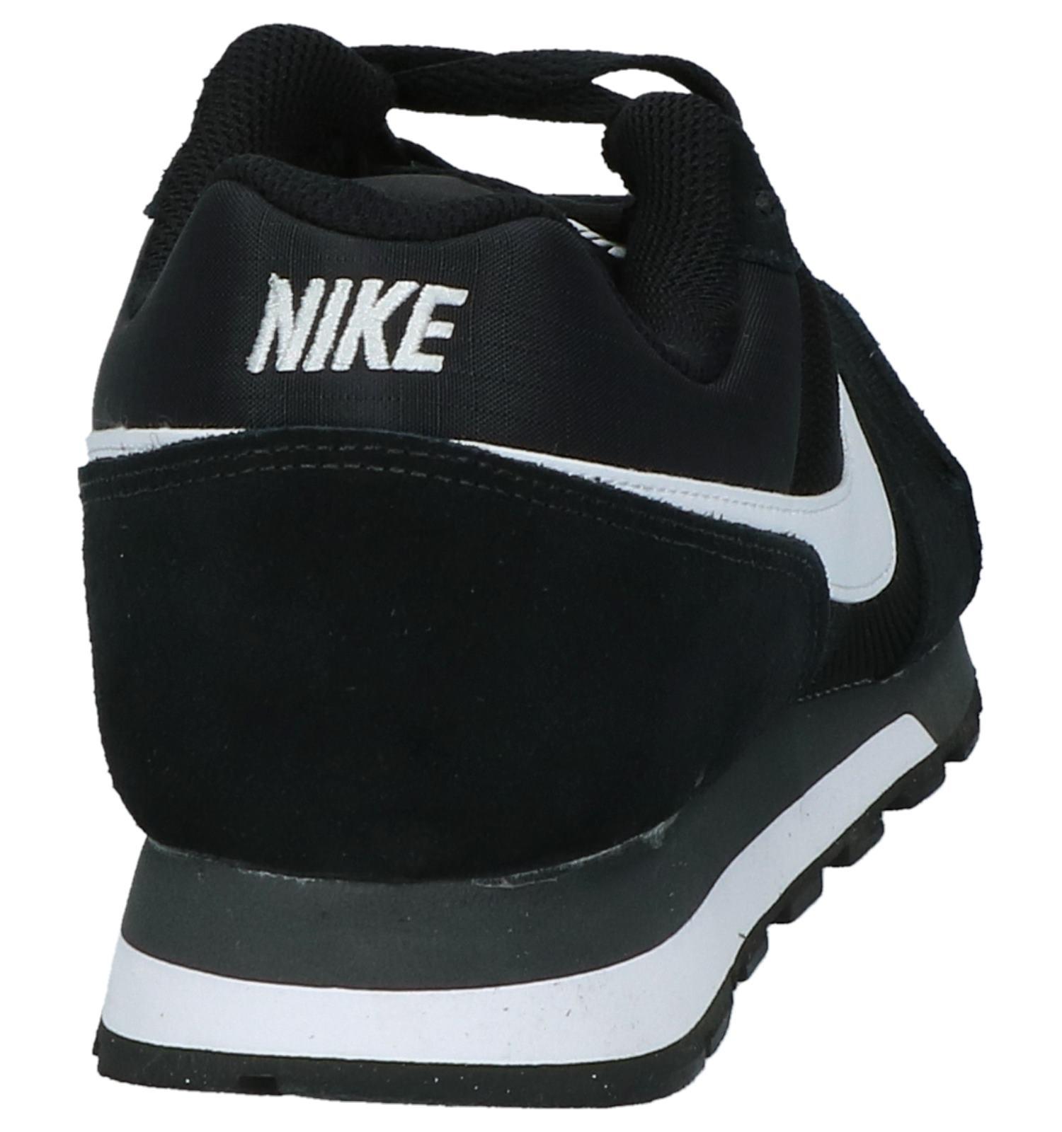 c3abc9bf671 Zwarte Lage Sneakers Nike MD Runner 2   TORFS.BE   Gratis verzend en retour