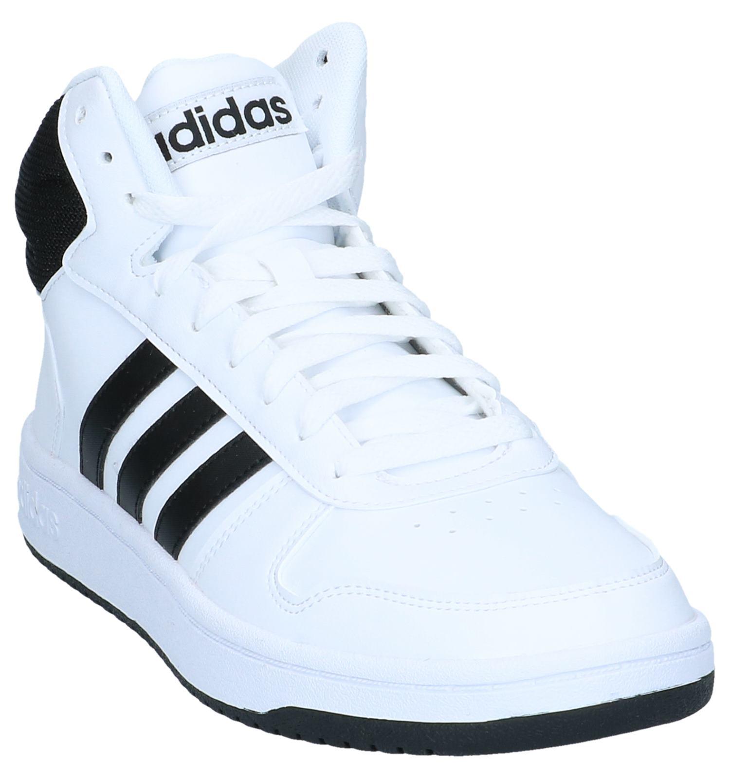hoge zwarte adidas schoenen